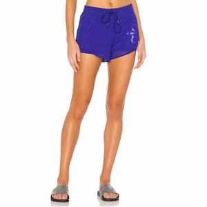 Alo Ambience Short Graphic - Sapphire Blue